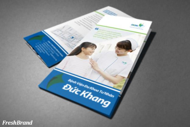 thiet ke brochure benh vien duc khang 1