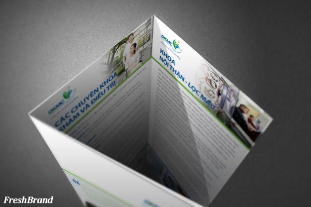 thiet ke brochure benh vien duc khang 6