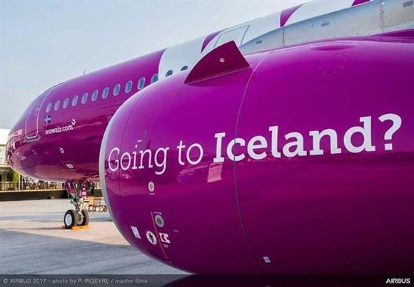 logo độc đáo trên máy bay